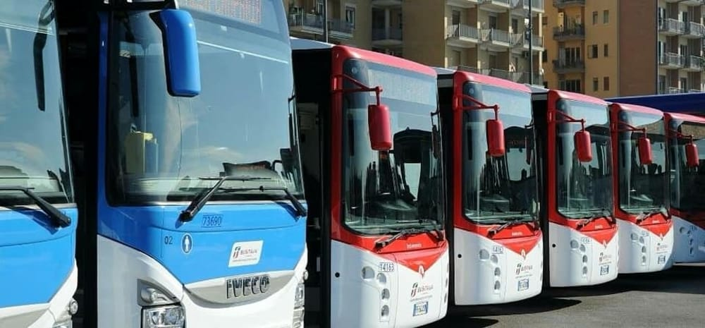 Bus sofravvollati, caos trasporti: il Prefetto incontra sindaci e sigle sindacali