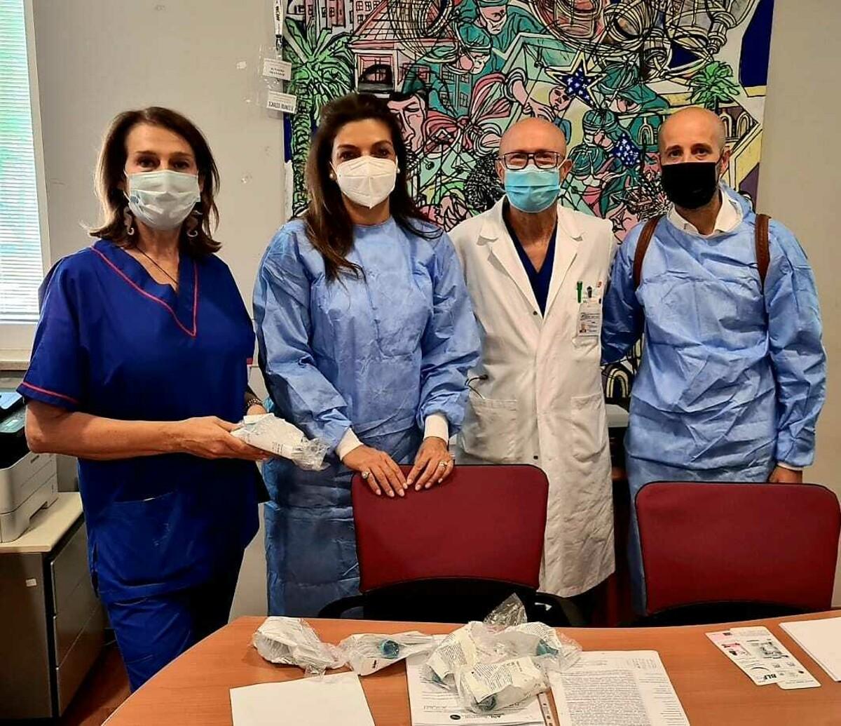 I genitori degli alunni donano polmoncini neonatali all'ospedale di Nocera: il grazie del dottor Barbarulo