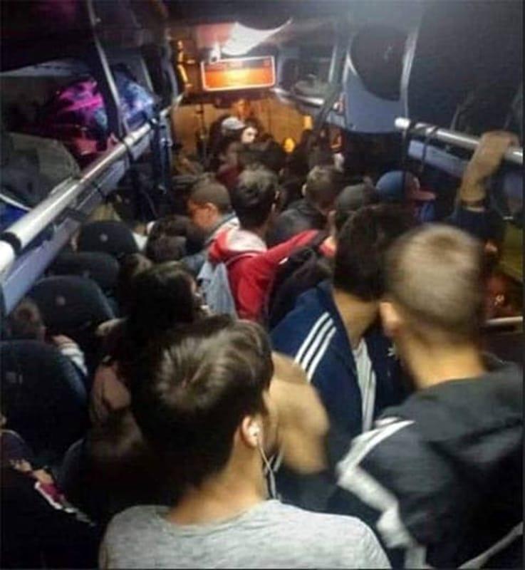 Ressa sui bus e ritardi delle linee: disagi per gli studenti salernitani