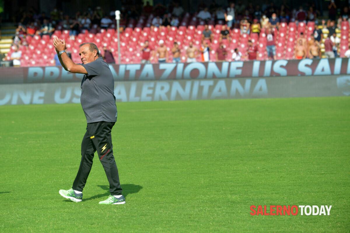 Il Verona batte la Roma: la Salernitana è ultima in classifica, da sola, a zero punti