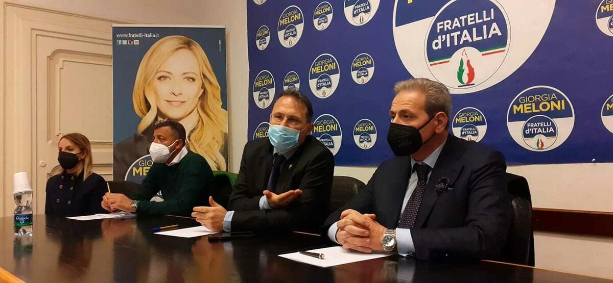 Elezioni a Salerno, presentata la lista di Fratelli d'Italia: ecco i candidati
