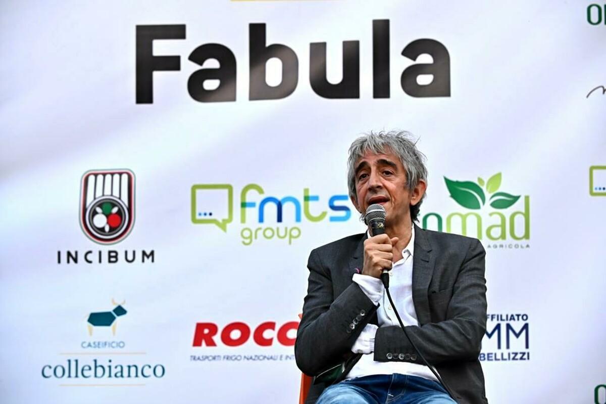 """""""Sognavo di diventare un rocker"""": Sergio Rubini al premio Fabula"""