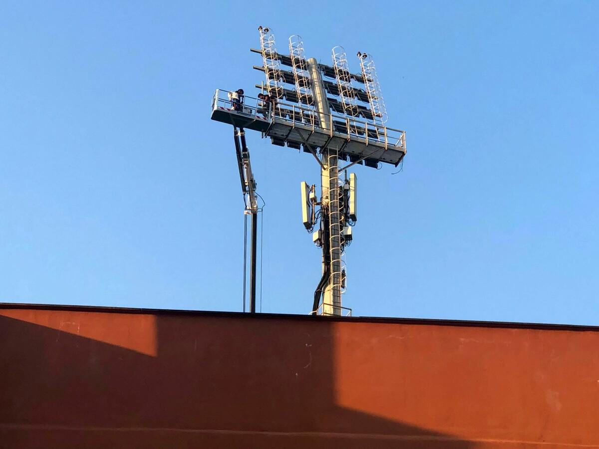Stadio Real: all'Arechi arrivano i fari spagnoli, via libera ai tornelli e alla prevendita