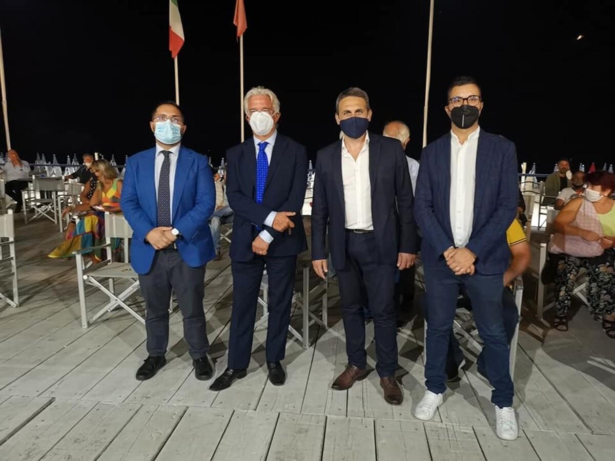 Elezioni a Salerno, il sindaco Napoli incontra alcuni candidati delle liste