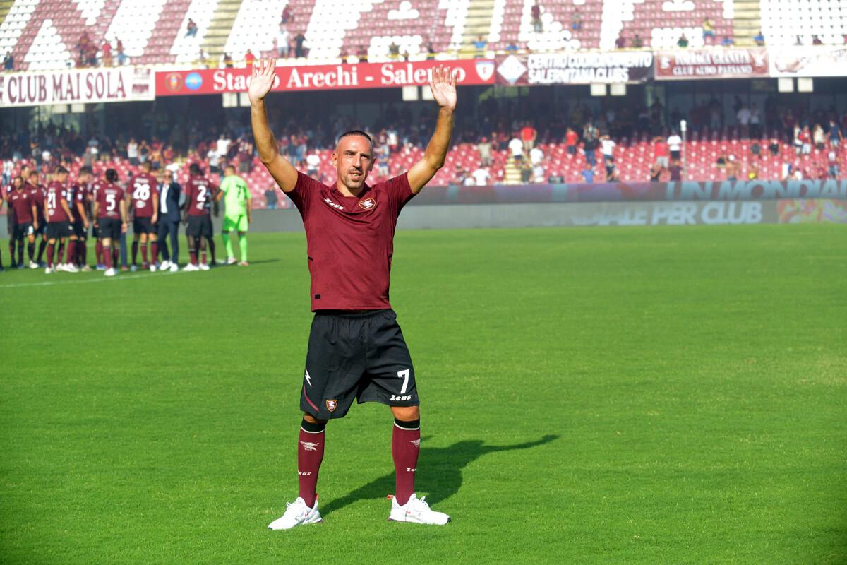 La Salernitana prepara la sfida salvezza contro il Genoa: le condizioni di Ribéry