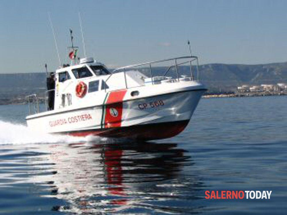 Un uomo scompare in canoa: è stato ritrovato in Cilento