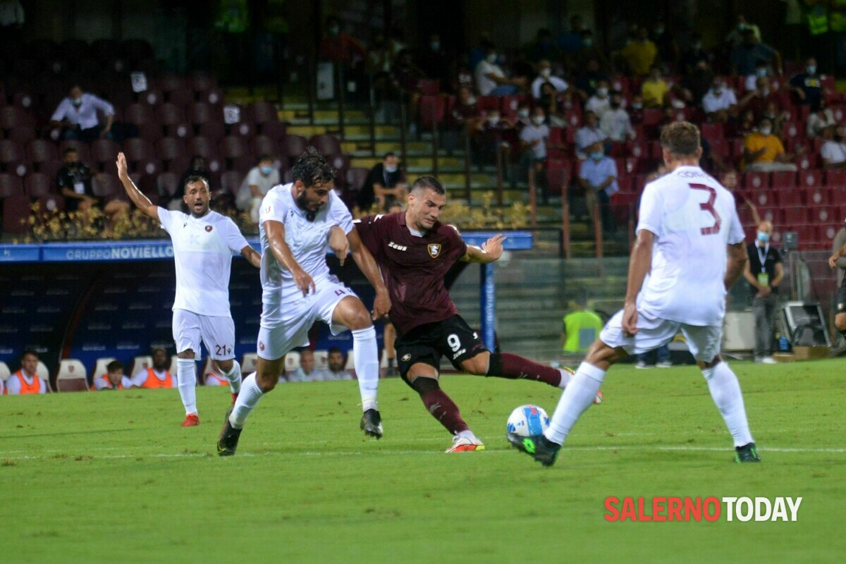 Bonazzoli c'è, Ribéry si prepara: le mosse di Castori per la trasferta di Torino