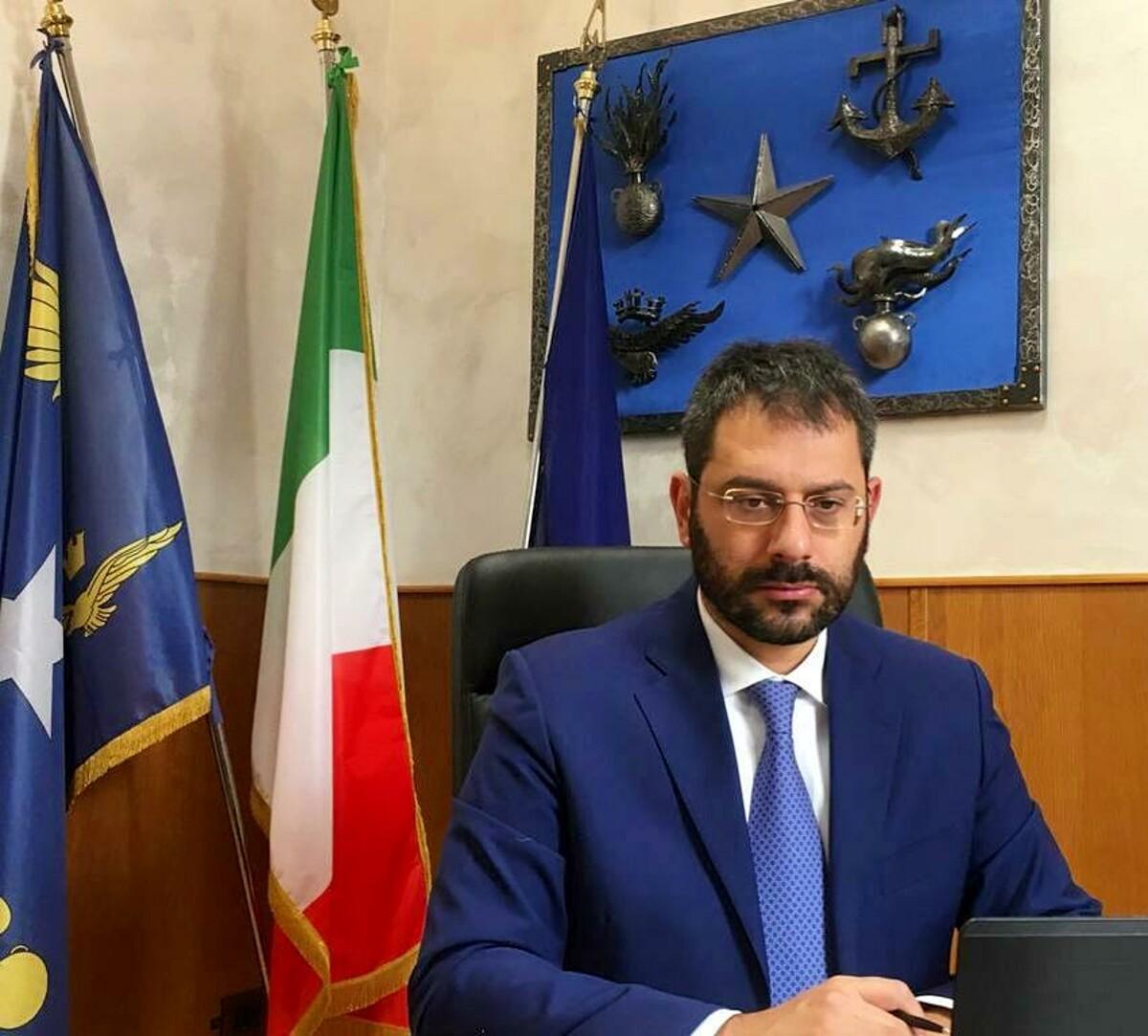 """Comunali a Salerno, Tofalo all'attacco:  """"Tari più alta d'Italia, ma città immersa tra rifiuti e nel degrado"""""""