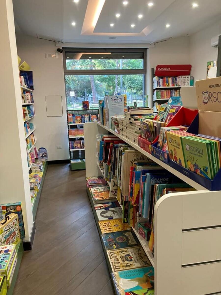 Curiosità, inaugurato a Pontecagnano il nuovo Mondadori Bookstore