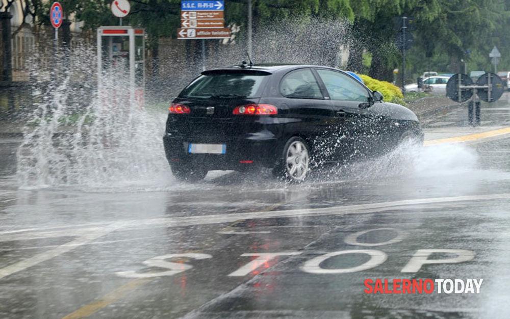 Allerta meteo prorogata fino a domenica: ancora temporali su Cilento, Piana del Sele e Tanagro
