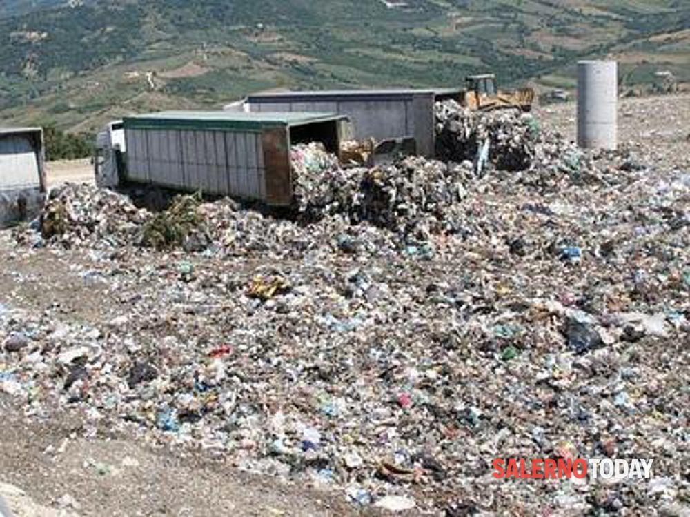 """Pontecagnano, Meetup: """"Alla fine l'impianto di compostaggio è finito nel cassonetto"""""""