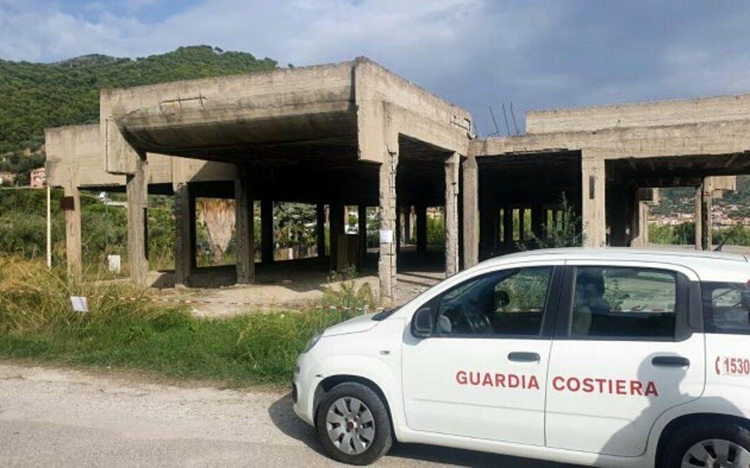 Edificio a rischio crollo a Montecorice: scatta il sequestro