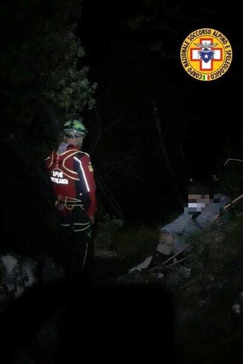 Ragazzi bloccati sul Sentiero 300 a Maiori: salvati dal Soccorso Alpino