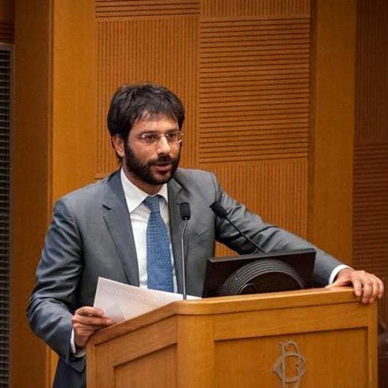 """Tofalo (M5S): """"Elisabetta Barone saprà gestire fondi e sviluppo di Salerno"""""""
